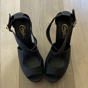 Candie's Cross Strap Wedges